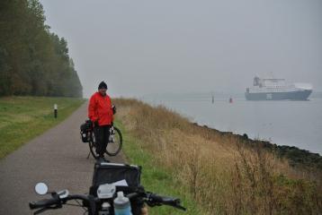 Vanmorgen langs de Nieuwe Waterweg