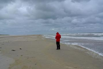 Vlieland201610 20 04 Jan op het Noordzeestrand